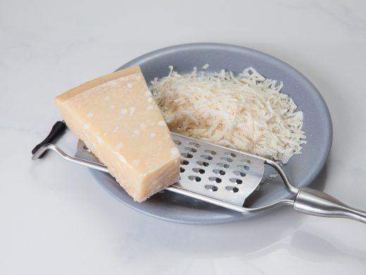 parmesan-1732086_1920